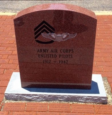 Army Air Corps Enlisted Pilots Monument image. Click for full size.
