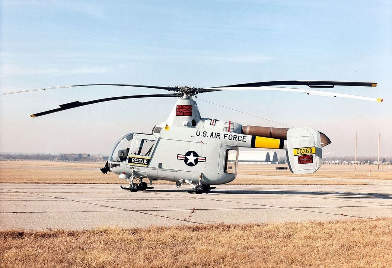 Kaman HH-43B Huskie USAF Rescue Helicopter image. Click for full size.