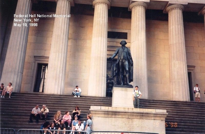 Federal Hall National Monument-Statue of George Washington image. Click for full size.