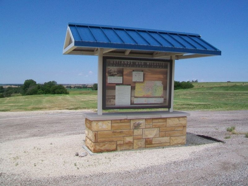 Wetlands & Wildlife National Scenic Byway Kiosk image. Click for full size.
