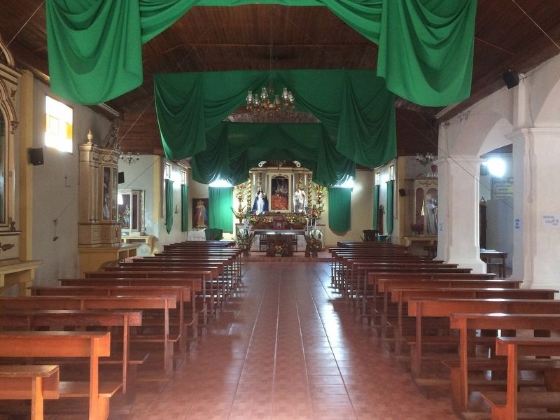 Interior of the Santo Tomás Milpas Altas Catholic Church image. Click for full size.