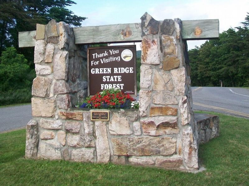 West Side of Welcome Sign image. Click for full size.