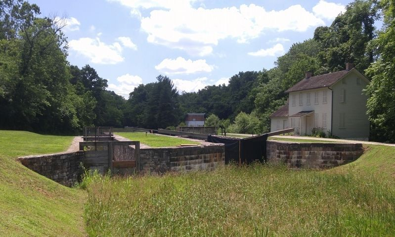 Lock 44 and the Lockhouse image. Click for full size.