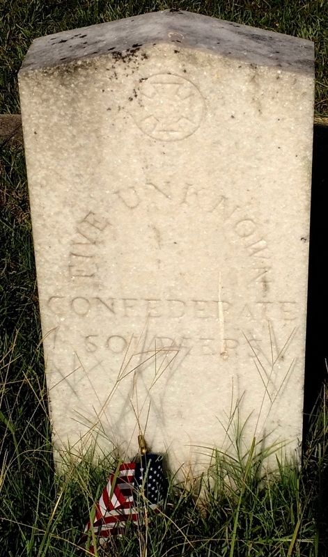 Grave marker of 5 Unknown Confederate Soldiers at Rondo Cemetery. image. Click for full size.