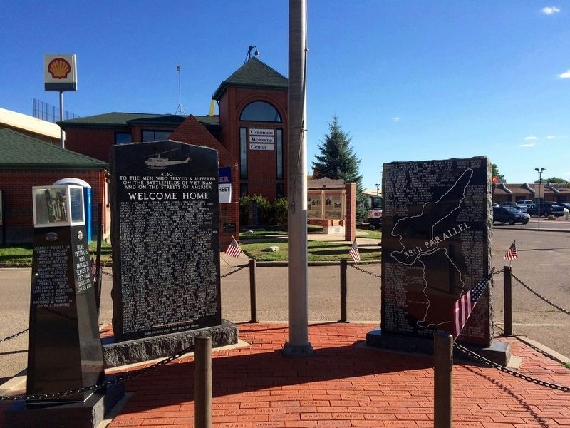 Viet-Nam War Memorial Marker at Colorado Welcome Center image. Click for full size.