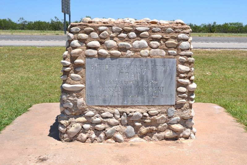 The Butterfield or California Trail Marker image. Click for full size.