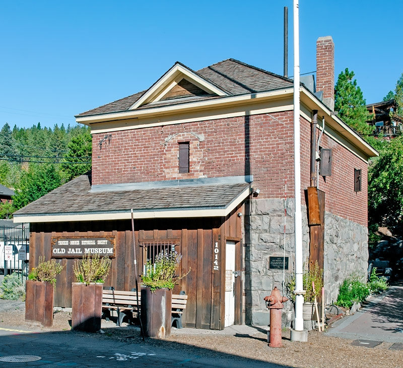 Old Truckee Jail and Marker