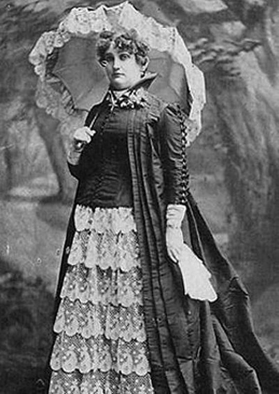 Mattie Silks, or Martha Ready (1845–1929) image. Click for full size.