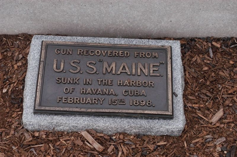 Portland Maine Fort Allen Park USS Maine Memorial Marker image. Click for full size.