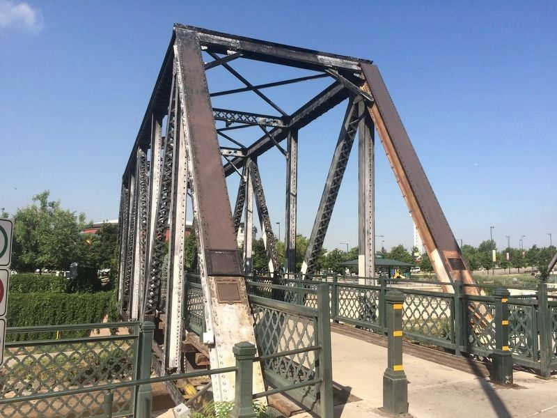 Wynkoop Street RR Bridge or 'Manny's Bridge'. image. Click for full size.