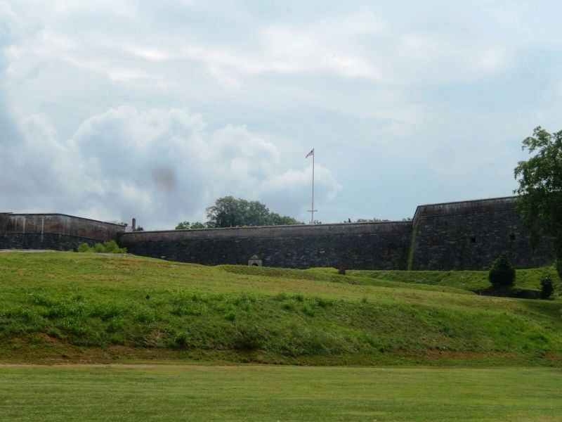 Fort Washington from the Chesapeake Bay's edge image. Click for full size.