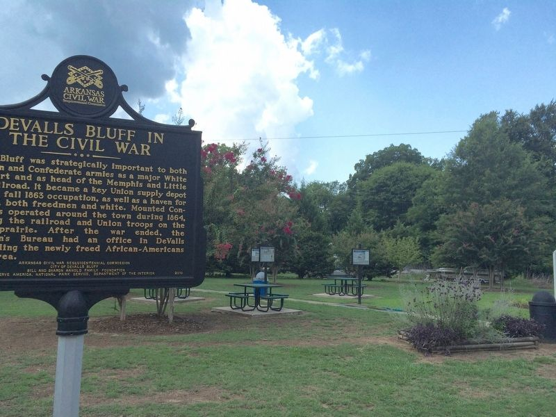 Other nearby markers note DeValls Bluff's role in the Civil War. image. Click for full size.