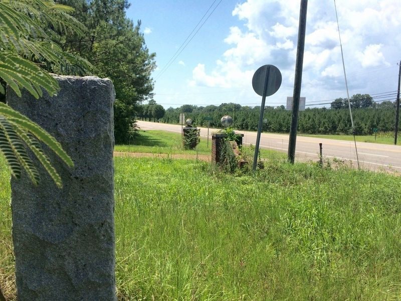 View from marker looking west on U.S. Highway 278 (East Main Street) image. Click for full size.
