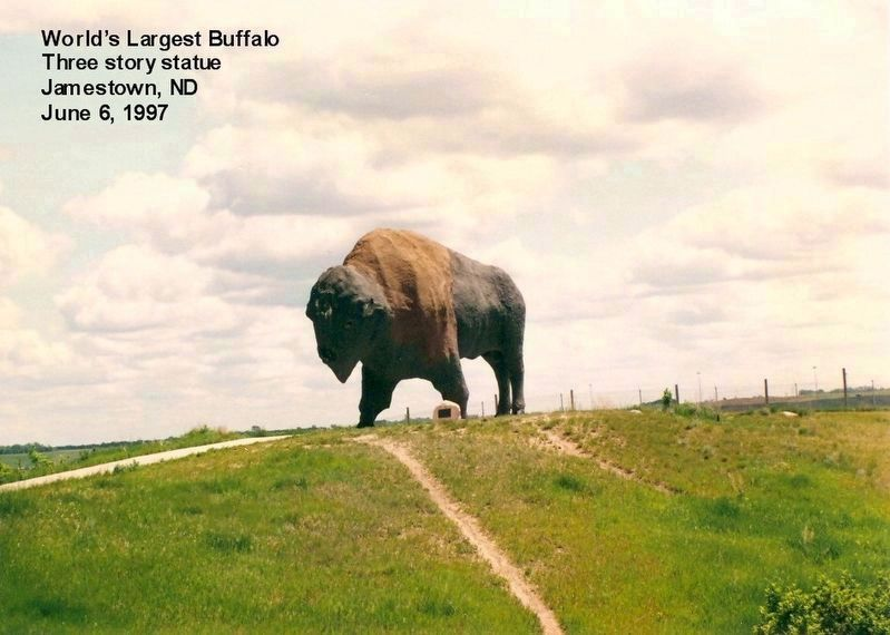 World's Largest Buffalo Statue-Three stories high image. Click for full size.