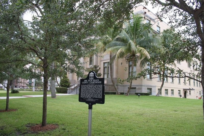 1916 Palm Beach County Courthouse and Marker image. Click for full size.