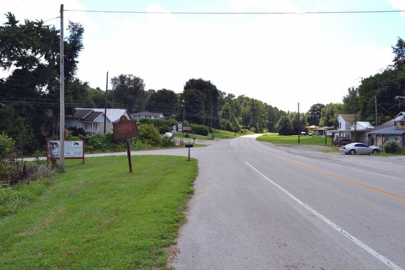 View to South from US 31E image. Click for full size.