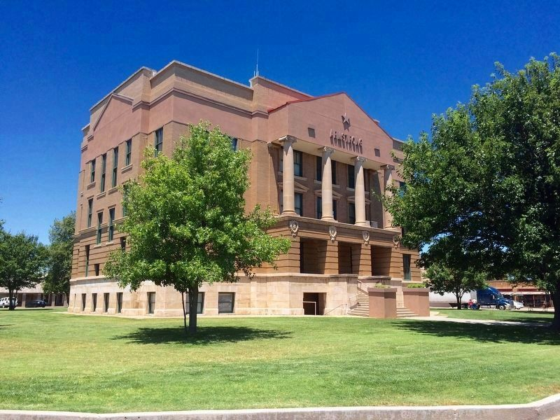 Armstrong County Courthouse image. Click for full size.
