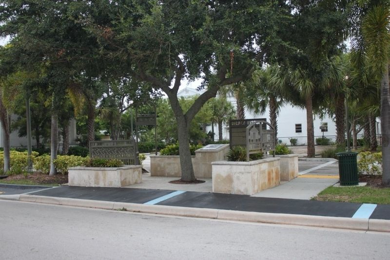 Delray History Marker with City of Delray Beach marker image. Click for full size.