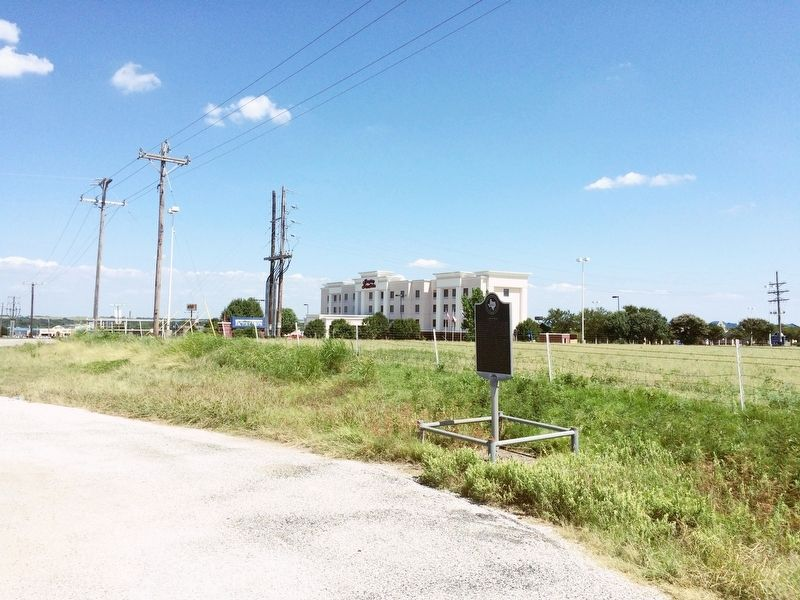 The view east towards I-35 and frontage roads. image. Click for full size.