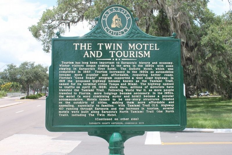 The Twin Motel and Tourism Marker-Side 1 image. Click for full size.