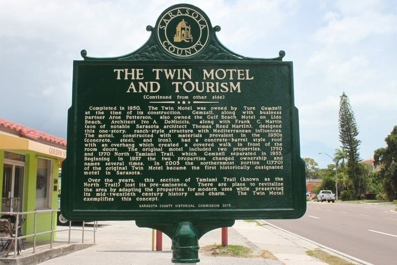 The Twin Motel and Tourism Marker-Side 2 image. Click for full size.