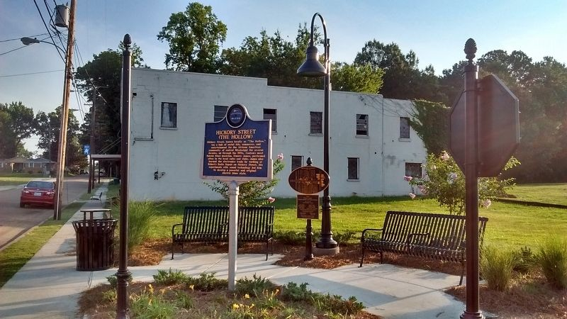 Hickory Street Marker image. Click for full size.