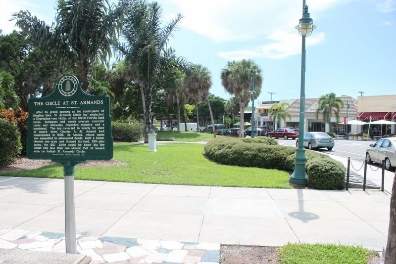 The Circle at St Armands Marker and part of St Armands Circle image. Click for full size.