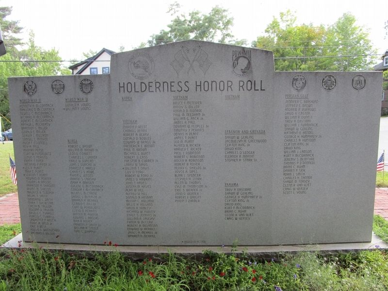 Holderness Veterans Memorial image. Click for full size.