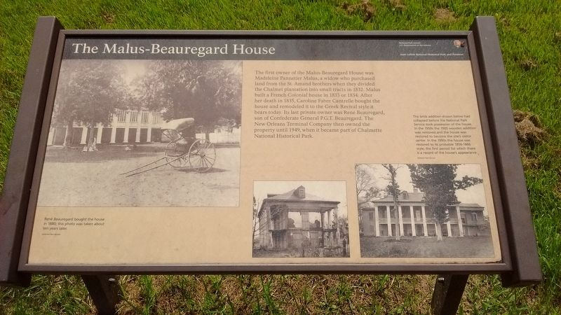 The Malus-Beauregard House Marker image. Click for full size.