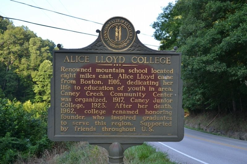Alice Lloyd College Marker image. Click for full size.
