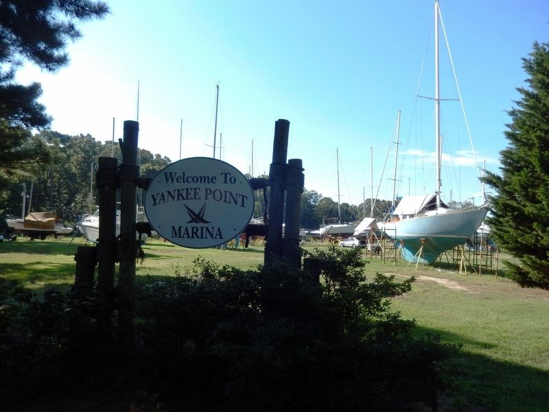 Sign at the entrance to Yankee Point Marina image. Click for full size.
