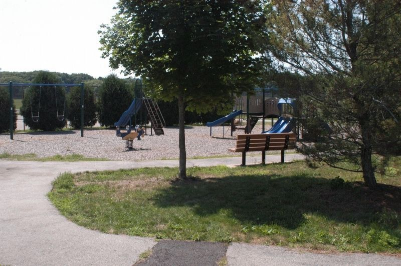 Knowlton Moore Memorial Playground image. Click for full size.