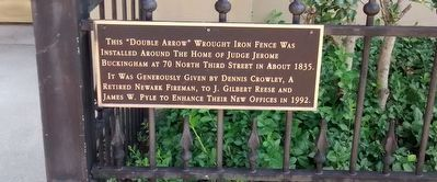 """Double Arrow"" Wrought Iron Fence Marker image. Click for full size."