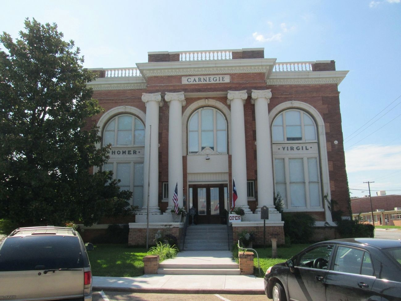Carnegie Library Building image. Click for full size.