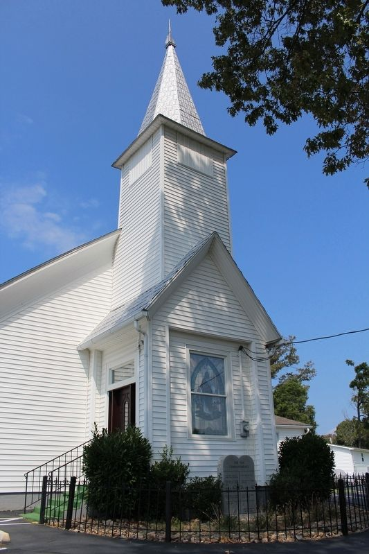 Catherine Nenney Memorial Baptist Church image. Click for full size.