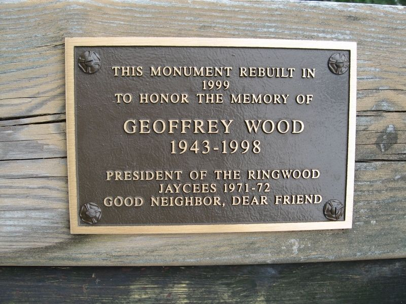 Plaque on the Monument image. Click for full size.