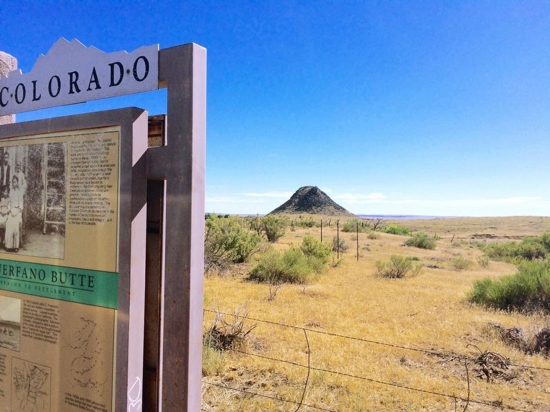 Huerfano Butte in far background. image. Click for full size.