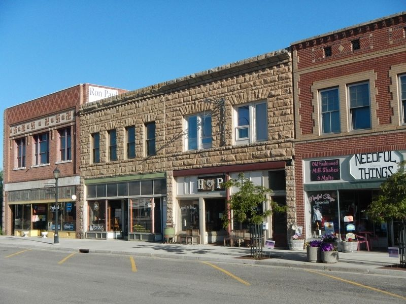 Thermopolis Downtown Historic District image. Click for full size.