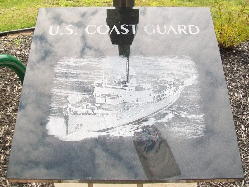 Veterans Memorial U.S. Coast Guard Marker image. Click for full size.