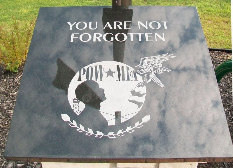 Veterans Memorial POW/MIA Marker image. Click for full size.