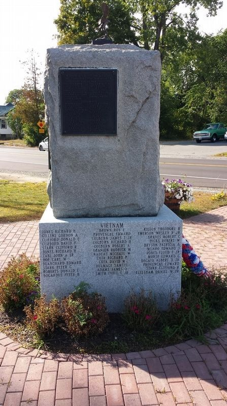Canaan Veterans Monument image. Click for full size.