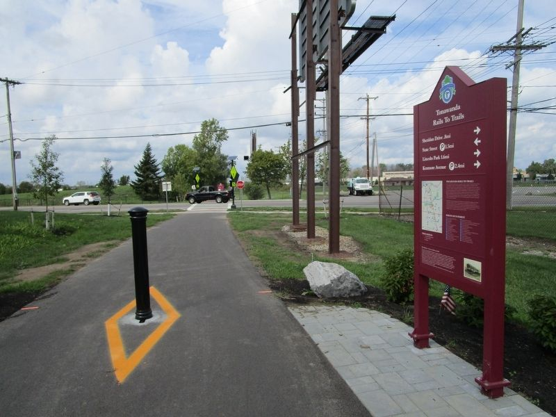Twin Tonawanda Rails to Trails Marker image. Click for full size.