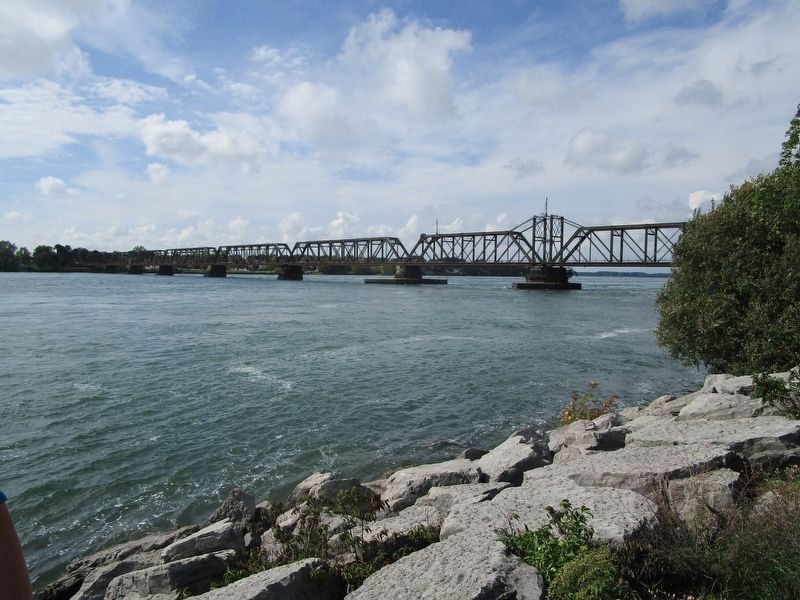 South Side of International Railroad Bridge image. Click for full size.