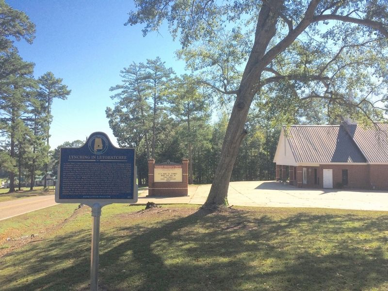 Lynching in Letohatchee marker near Rehobeth Missionary Church. image. Click for full size.