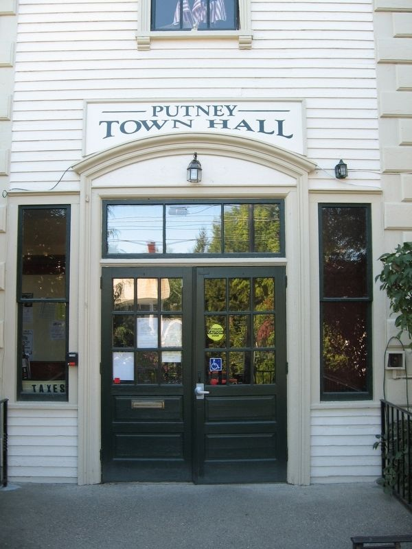 Putney Town Hall Entrance image. Click for full size.