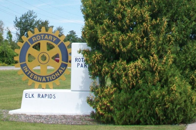Rotary Park Sign image. Click for full size.