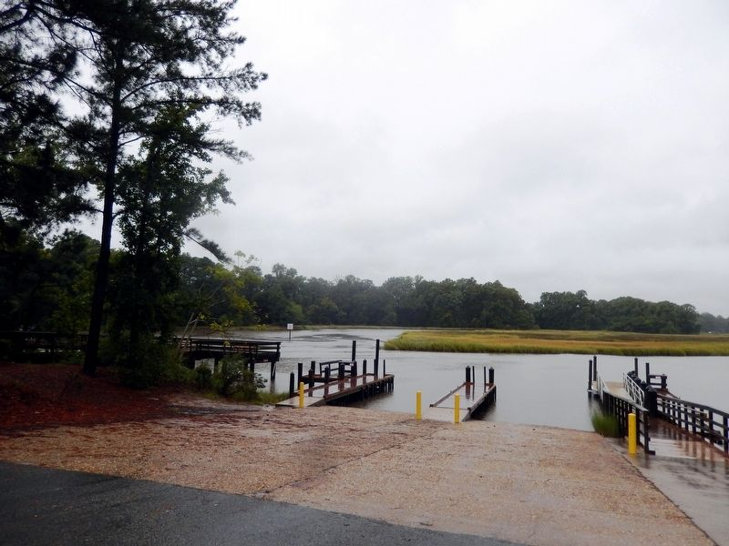 Bennett's Creek Boat Launch image. Click for full size.