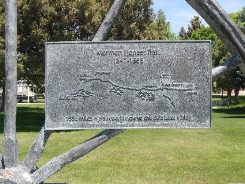 Mormon Pioneer Trail Marker image. Click for full size.