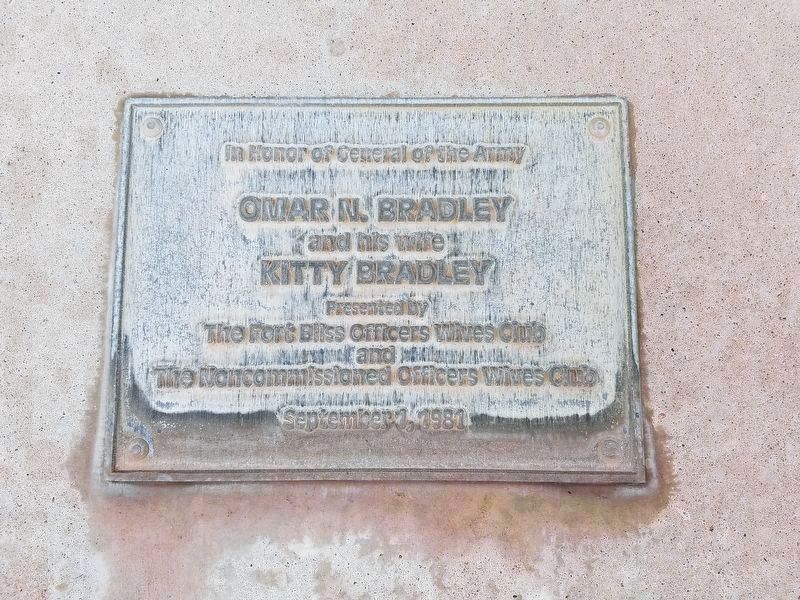 Plaque for the nearby Omar Bradley Memorial Tree Grove image. Click for full size.