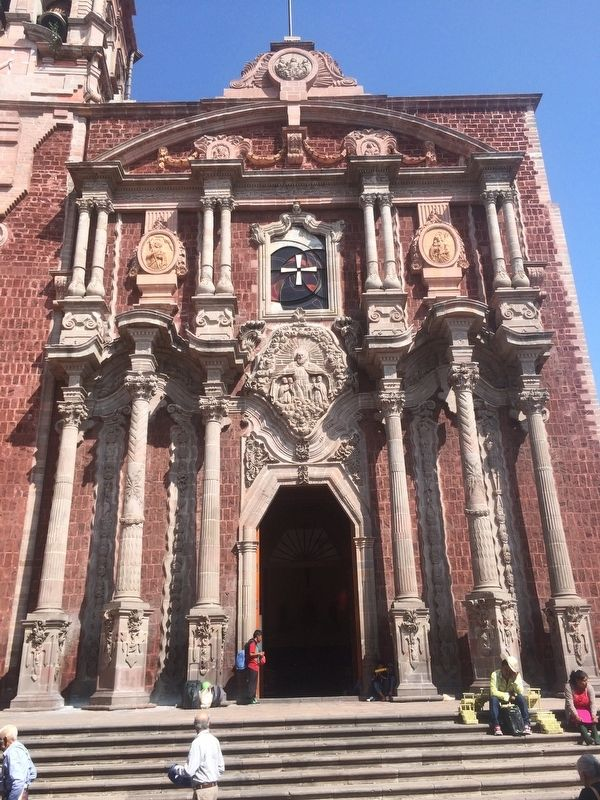 The Old Oratory of San Felipe Neri, the Cathedral of Querétaro image. Click for full size.